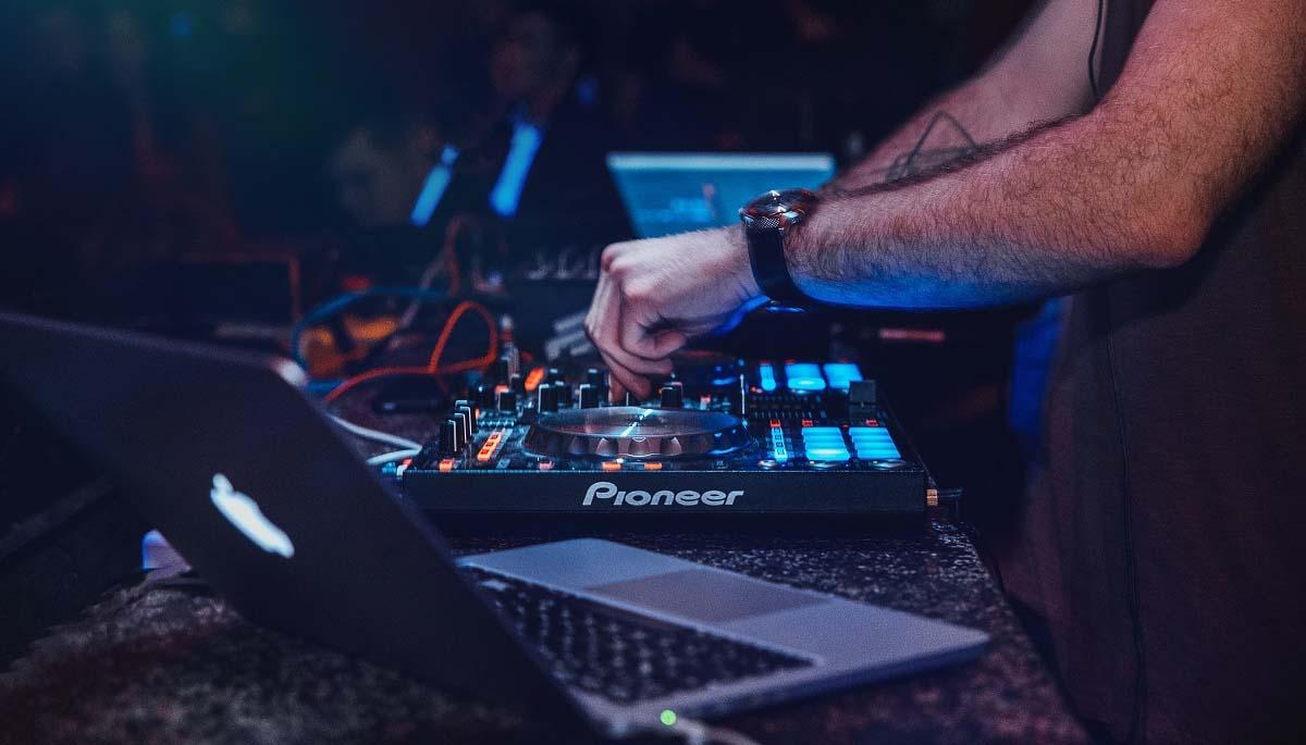 best iPad DJ app